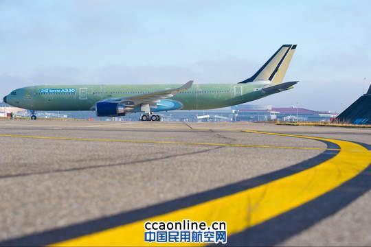 最大起飞重量242吨的a330系列飞机可最长飞行15小时