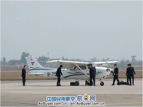 广汉机务注重南充机场分流训练细节管理工作