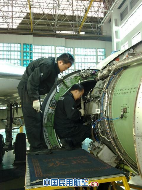 此次b-2589飞机定检工作时间紧任务重,定检维修工作量大,拆装