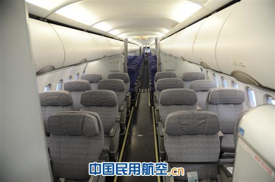 此次改装工作对飞机客舱布局整体进行了调整,对头等舱进行了全面升级