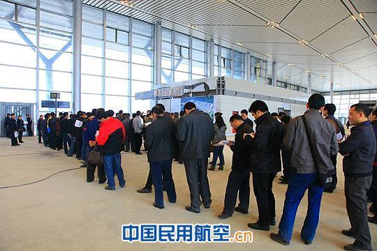 贵阳机场新t2航站楼首次模拟演练 3月底启用