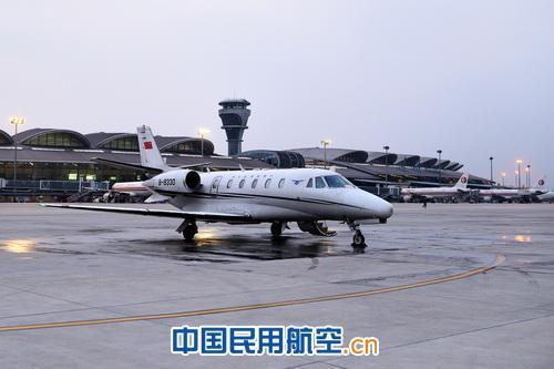 青岛机场顺利完成飞行校验